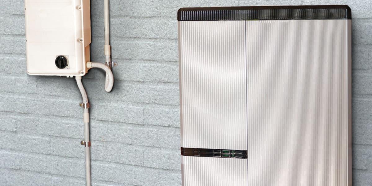 batterie domestique panneaux photovoltaiques